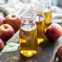 Así actúa el vinagre de manzana en nuestra piel ¿Es útil?